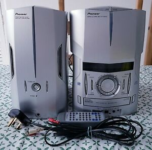 Pioneer Stereo  System With  Amplifier IS22CD