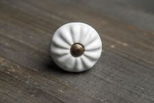 boutons céramique blanc et laiton