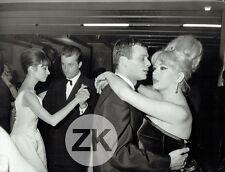 AUDREY HEPBURN Danse COCCINELLE Transgenre Travesti GIVENCHY Mode Photo 1962