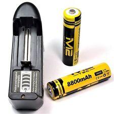 1 x m2 Tech 8800 mAh Batterie Li-ion 3,7 V/18650 + Universel Chargeur 11,8wh