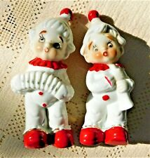 VINTAGE PAIR OF HAND PAINTED HOLIDAY CHILDREN MUSICIAN FIGURINES - MADE IN JAPAN