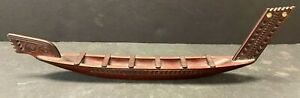 VINTAGE ANTIQUE CARVED WOOD BOAT MAORI NEW ZEALAND W/ MOTHER OF PEARL JSSNM