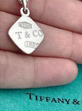 Tiffany & Co 1837 Plata de Ley Cuadrado Charm Colgante Collar