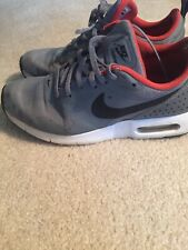 Nike Air Max Tavas Low YouthRunning Shoes Suede Gray Black Used Size 5.5