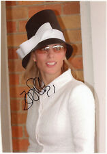 ZARA PHILLIPS - Signed 12x8 Photograph - SPORT - SHOW JUMPING