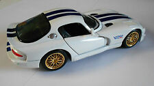 Maisto 1:24 diecast Dodge Viper GTS-R GT2 white/blue stripes Gold Wheels