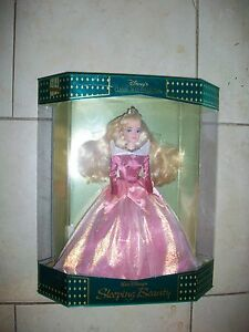 Sleeping Beauty Disney Exclusive Classic Doll Collection