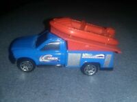 Matchbox Die Cast 1997 Ford F-Series Truck with mounted Raft