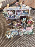 SHOEBUTTON BEAR CHERISHED PASTIMES BEARS MUSIC BOX  RARE FIND ***Works!!
