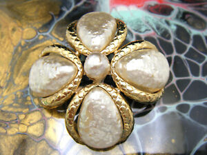 Vintage Sphinx A1463 Brooch Pearlized Baroque Cabochons Gold Tone Maltese Cross