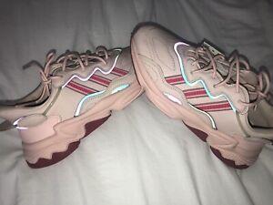 Adidas Ozweego Women's Sneaker — Size 8.5