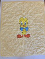 Vintage Looney Tunes Baby Quilt Blanket Warner Bros Cartoon 33 x 42 Yellow