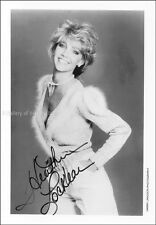 HEATHER LOCKLEAR - PHOTOGRAPH SIGNED