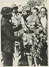 Libia, Italo Balbo con coloni  Vintage . Tirage postérieur 1958. Italo Balbo (