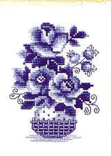 RIOLIS  840  Roses bleues  Broderie  Point de Croix compté