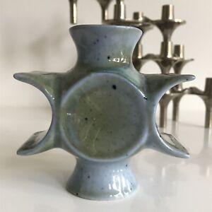 Petit vase ou Bougeoir Porcelaine de Virebent design François Gueneau era mohy