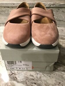 clarks Rose Suede DAIM ROSE US9W