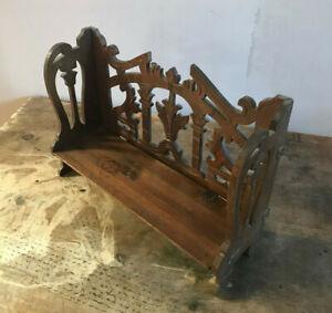 Ancienne petite étagère en bois sculpté pliante art populaire début 20ème