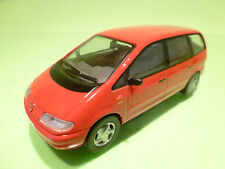HERPA VW VOLKSWAGEN SHARAN CARAT - RED 1:43? - EXCELLENT