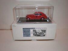 1/43 1938-1939 Mercedes Benz 230 SV Sport Limousine red