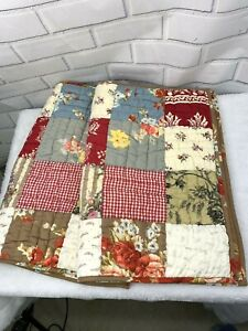 Pottery Barn Set of 2 Pillow Shams Quilted Patchwork Standard Cover Cotton C1