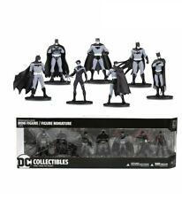 DC Collectibles Batman Black & White Mini Figure 7 Pack Set 4, Multicolor Damage
