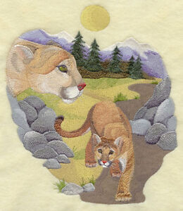 Embroidered Short-Sleeved T-shirt - Spirit of the Cougar J2791 Size S - XXL