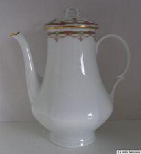Limoges-Porzellan mit Kaffee- & Teegeschirr-mehrarmige