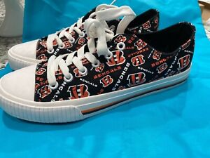 CINCINNATI BENGALS vans Style Shoes Women's Sneakers Football Team size 9 new