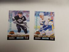 1992 TEAM PINNACLE HOCKEY LOT OF 2 CARDS WITH GRETZKY/LINDROS AND HULL/JAGR
