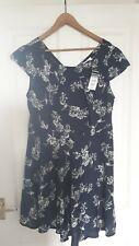 Wallis Ladies Summery Blue Floral Dress - size 18 BNWT
