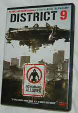 District 9 (DVD, 2009) with Plastic Case