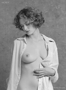 Helena 28632.04 B&W Fine Art Semi-Nude Model 8.5x11 Signed Photo by Craig Morey