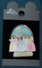 Nice Rare Disneyland Princess Club 3D Pin 2003 - ON CARD