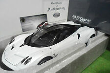 PAGANI HUAYRA white white to the 1/18 AUTOart SIGNATURE 78267 car miniature