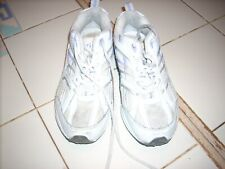 pair of women atletic shoes curves size 6.5