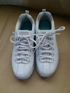 EUC Sketchers Womens D'lites White Sneakers Shoes size 7