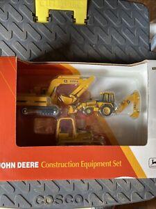 ERTL JOHN DEERE CONSTRUCTION EQUIPTMENT SET 1/64 BACKHOE , SKIDDER,EXCAVATOR