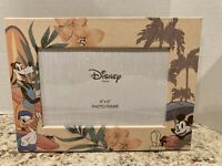 Disney picture Frame   4X6 photo Mickey Goofy Donald At The Beach vintage look