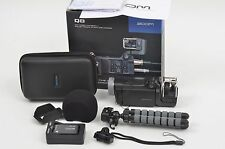 MINT- Q8 ZOOM HD VIDEO CAMERA BUNDLE, 2 BATTS, CHARGER, CASE, TRIPOD++ TESTED
