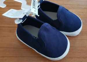 NEW Old Navy Baby Boys 0-3 MONTHS Slip On Faux Suede Crib Shoes NAVY BLUE #8321
