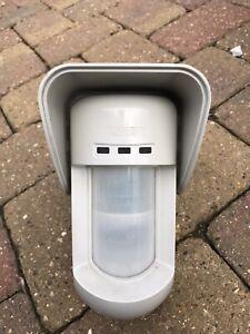 RISCO WIRELESS PIR external PIR sensor with HOOD, like adt,GJD,Optex,CCTV x 2