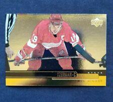 STEVE YZERMAN 1999-00 Upper Deck Gold Reserve #49 Detroit Red Wings