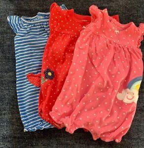 Bundle of Carter's baby girl clothes SZ 6M