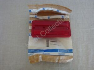 NOS OEM Oldsmobile Cutlass Side Marker Rear Reflector RED Lens 1992 - 97 Left