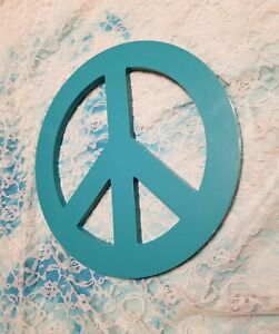 "Teal Blue Peace Sign Wall Hanging Home Decor 12"" Peace Sign Ready to Hang EUC"