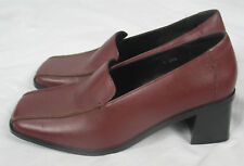 """Dark red leather 2.5"""" heel square toe court shoes FIORE size 7"""