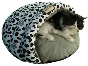 Armarkat Cat Bed Model C19HZY/HL Sage Green Paw Print Pattern