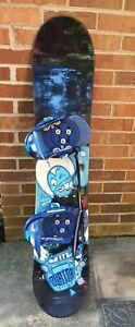 Burton Chopper 125 Youth Snowboard with Burton Custom SI Bindings see pictures