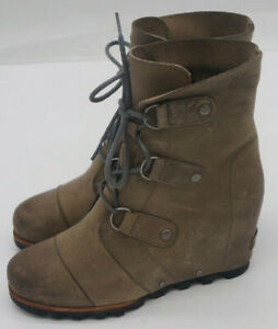 WOMENS SOREL JOAN OF ARCTIC  LACE LEATHER WEDGE BOOTIES BOOTS SZ 8  NL 2305-078